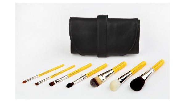 Basic 7pc. Travel Brush Set